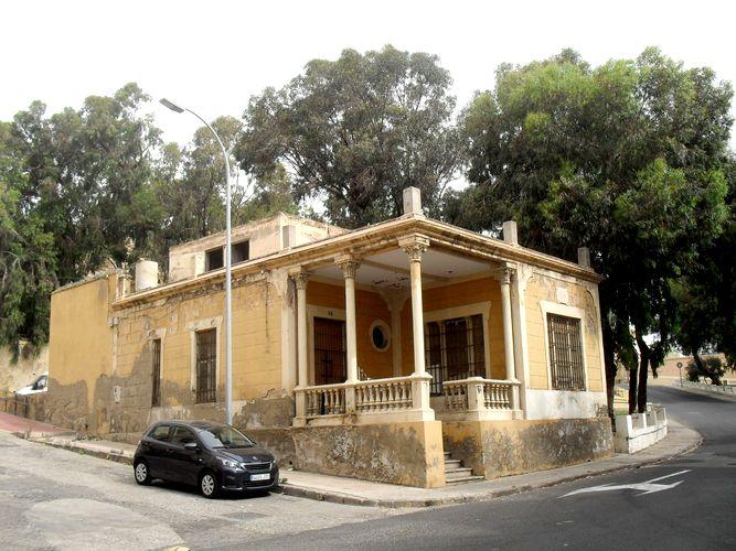 Casa capellan a